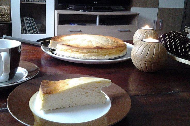 Punktefreundlicher Käsekuchen ohne Boden, ein schönes Rezept aus der Kategorie Kuchen. Bewertungen: 35. Durchschnitt: Ø 4,0.