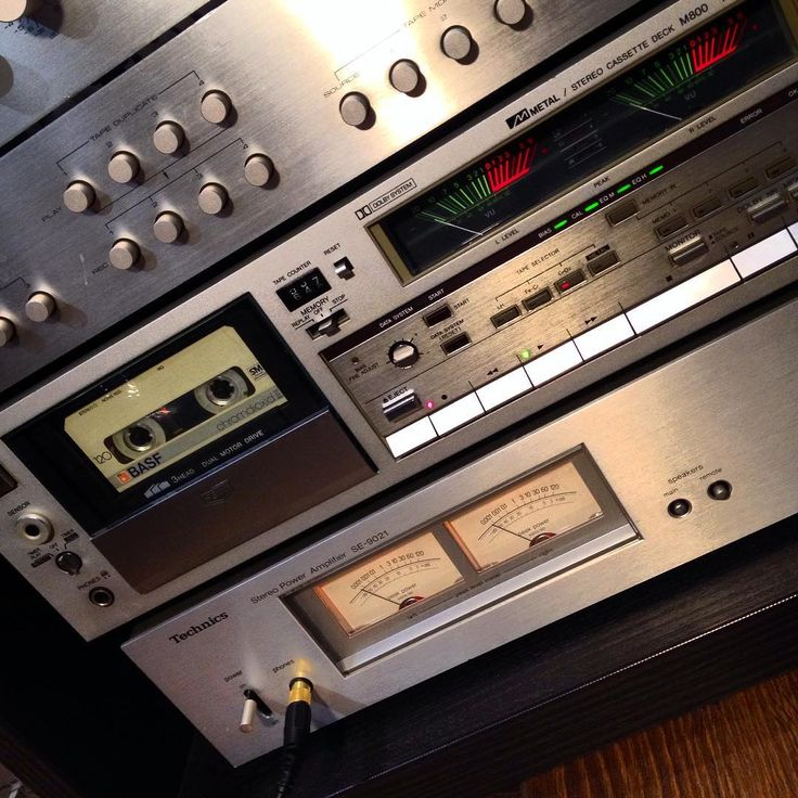 AIWA M800 + BASF chromdioxid II 120 #aiwa #basf #chromdioxid #microseiki #lp #vinil #vintagesound #vintage #oldaudiofest #oldaudio #sharp #pinkfloyd #thewall #cassette #hifi #stereo #radio #recorder #akai #panasonic #crown #national #old #sanyo #tdk #universum #basf #photooftheday #instagood #instaminsk #bestphoto