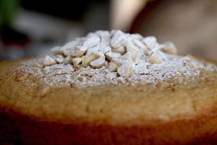 #madameginger: Vegan κέικ αμυγδάλου και είναι σκέτη απόλαυση