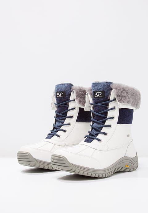 Chaussures UGG ADIRONDACK II - Bottes de neige - white blanc: 280,00 € chez Zalando (au 18/01/17). Livraison et retours gratuits et service client gratuit au 0800 915 207.