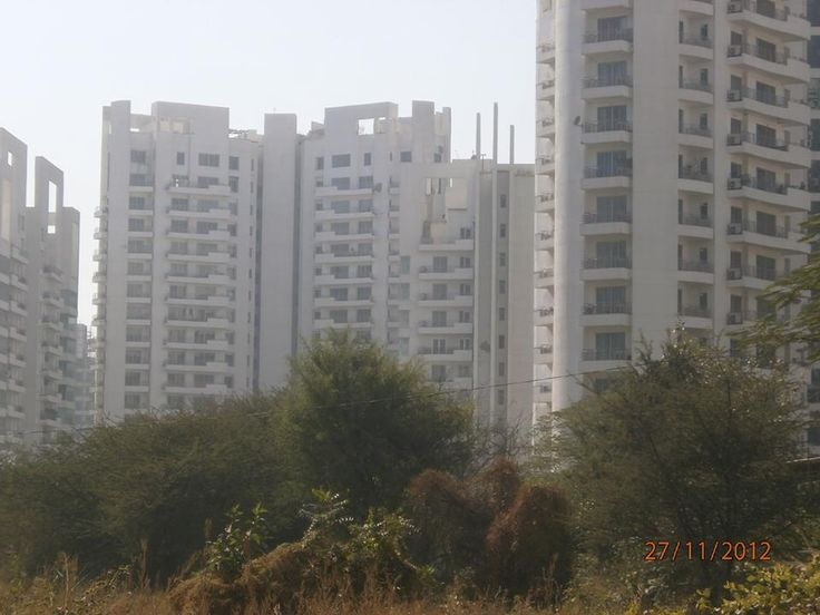 Top Locations for Real Estate Investment in India    http://www.thetalkingbrick.com/blog/2013/09/top-locations-for-real-estate-investment-in-india/