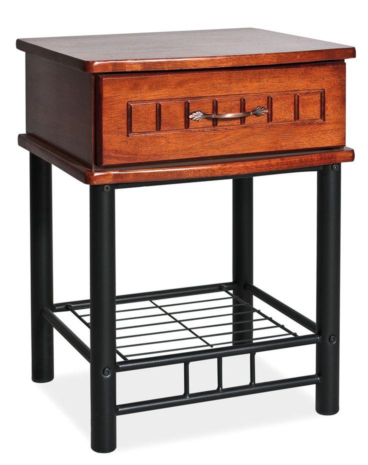 Pekný nočný stolík Sophia bol dizajnovo navrhnutý tak, aby sa hodil k posteli Sophia. Ponúka moderný dizajn, je vyrobená z dreva vo farbe antickej čerešne. Nožičky sú kovové v čiernej farbe