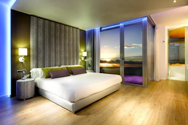 Hard Rock Hotel Ibiza, Playa d'en Bossa , another Fiesta Hotel transformed