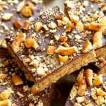 No Bake Salted Caramel Pretzel Bars