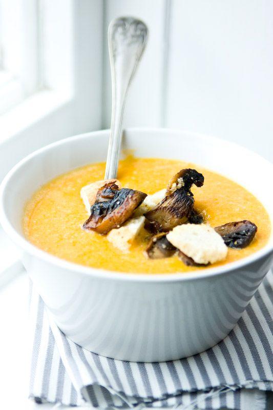 Höstig soppa med smak av pumpa och svamp