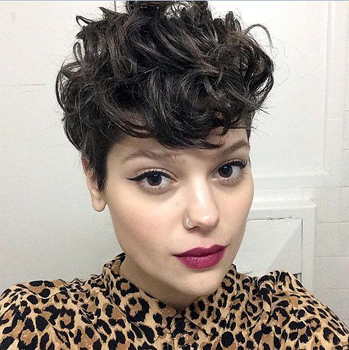 Best 25+ Curly Pixie Haircuts Ideas On Pinterest