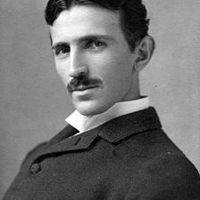 Aucoursde l'été de 1931, le Dr. Nikola Teslafitdes essais sur route d'une berline Pierce Arrow haut de gammepropulsée par unmoteurélectrique à courant alternatif, tournant à...