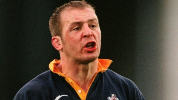 The RFU appoint Bristol's Mark Bennett as head of sports science, with Connacht's Paul Bunce replacing him.