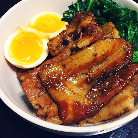 Pressure cooker pork belly recipe - a Japanese braised pork belly dish known as Kakuni | Hellobee