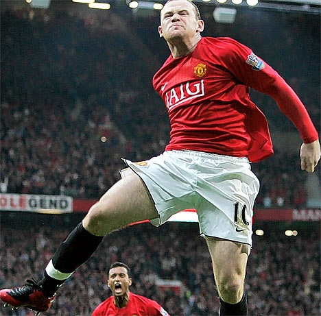 wayne Rooney is back after throat infection   http://www.rstreem.com/gossip/injury-report-of-manchester-united-and-tottenham