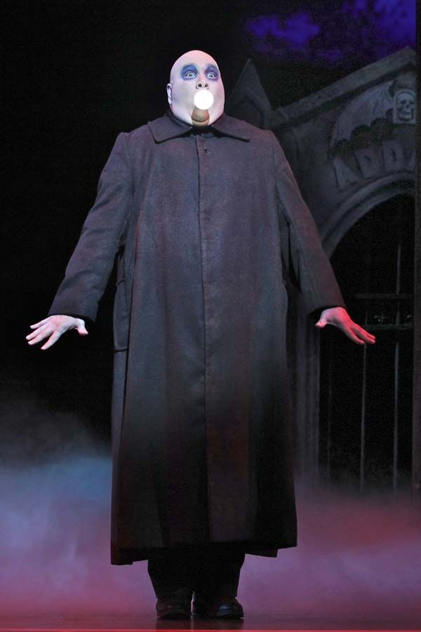 """Good Life Northwest: """"The Addams Family"""" Musical Brings Frightful Fun toThe 5th Avenue Theatre"""