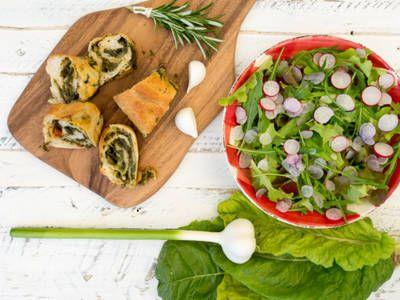 Spinach Garlic Bread Spirals