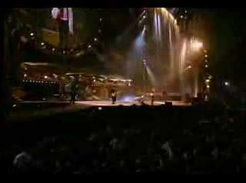 """The Rolling Stones - """"Satisfaction"""" (Live from St. Louis, Missouri (USA) 1997).....WOW!"""