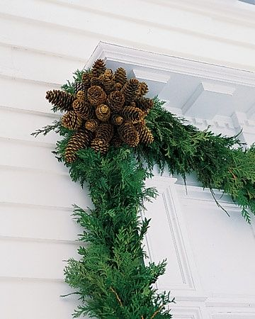 pine garland & pinecones // holiday decorating