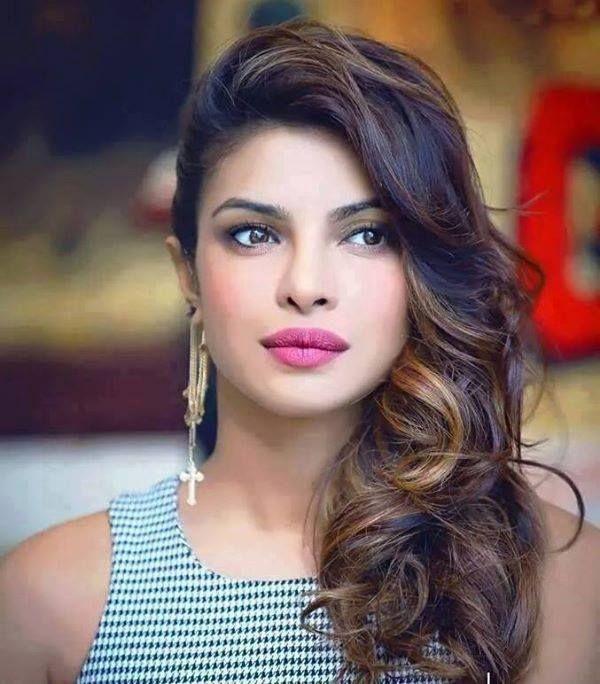 Priyanka Chopra. She's so freaking gorgeous I literally can't even!! ❤️