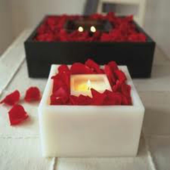 Line Square Candle Holders With Red Rose Petals Beautiful