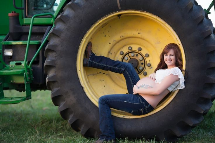 Modern Maternity Photography http://www.themitchellsphotography.com   maternity photos, maternity portraits, fine art photos, portrait photography, maternity, tractor maternity photos, john deer maternity photos, country maternity photos, springfield mo photographers