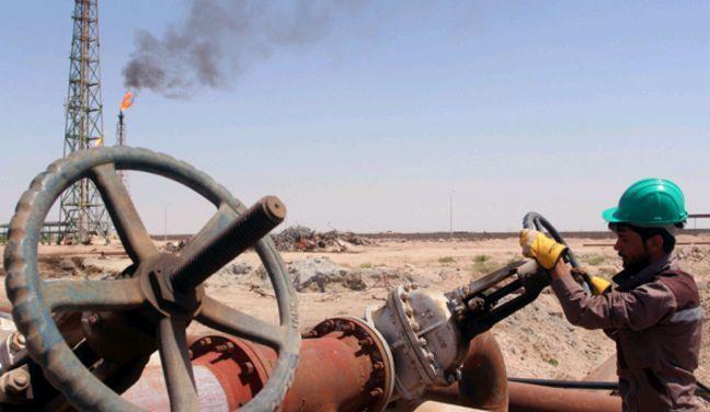El petróleo vivirá por encima de los 60 dólares en 2018      El precio del petróleo ha rebotado casi un 50% desde su mínimo anual y ha vuelto a demostrar que se trata de una de las variables más difíciles de predecir para el consenso del mercado. De cara a 2018, volverá a ser uno de los factores que los inversores deberán tener en cuenta, sobre todo por esa dificultar a…