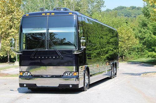 45' Prevost X3 VIP-2 Luxury Coach | Diesel Motorhome Rentals