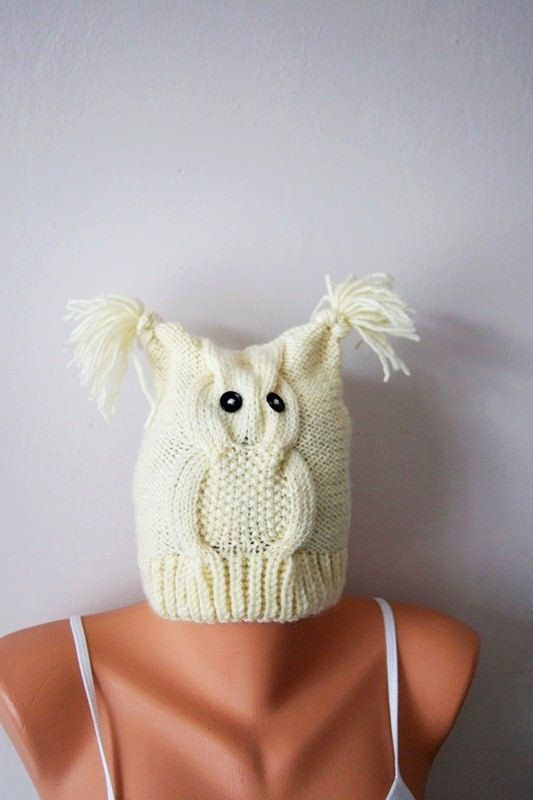 Beige Hand knitted Owl hat Fall Fashion AccessoriesChunky #woman #gifts #present #sale #nesrinart #etsy #christmasgifts  #uniquegift #handmadegift #UniqueHandmade  #womenfashion #giftforwomen