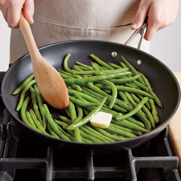 Pan steamed green beans