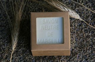 Savon Cube traditionnel Neutre 300g - Savonnerie de La Licorne