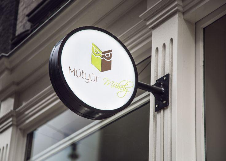 Herczegh János hallgatónk logója egy képzeletbeli megrendelőnknek, a Mütyür Műhely kreatív hobbi boltnak