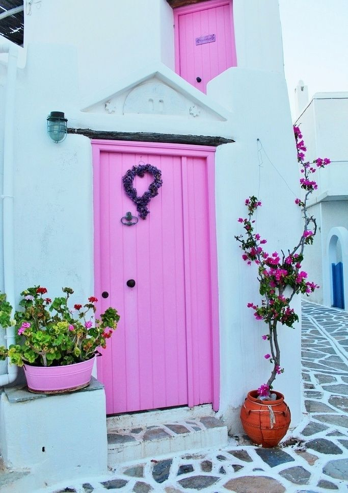 Pink and white house in Marpissa, Paros Yes, I could happily live behind this door.