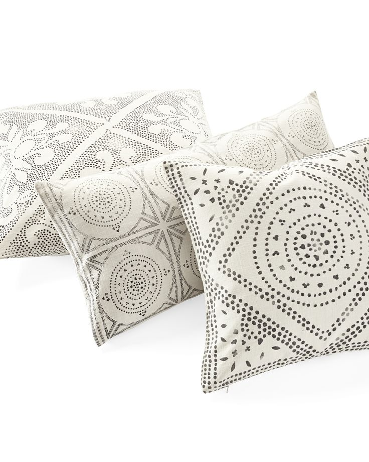 Camille Diamond Medallion Pillow CoverCamille Diamond Medallion Pillow Cover