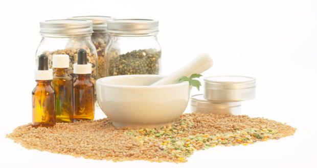 Herbal Poultices and Natural Ointments for Burns - http://topnaturalremedies.net/home-remedies/herbal-poultices-natural-ointments-burns/