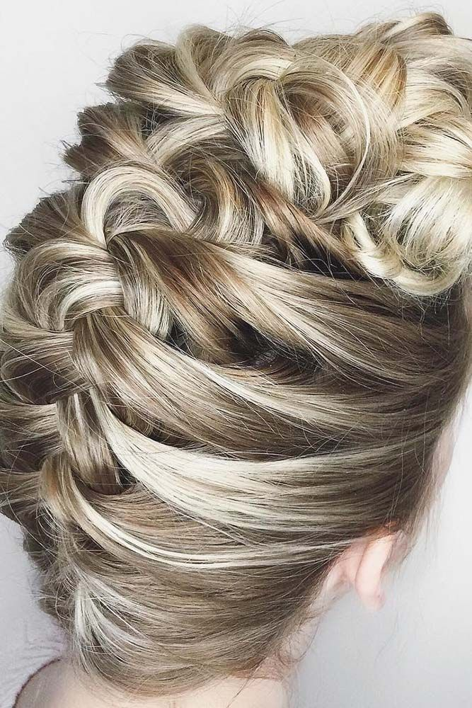 18 Chic And Easy Wedding Guest Hairstyles ❤ See more: http://www.weddingforward.com/wedding-guest-hairstyles/ #weddings #hairstyles