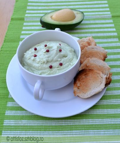 Fetás avokádókrém | Ottis főz