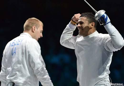 El venezolano Ruben Limardo Gascón aseguró la primera medalla para su país en Londres 2012 al meterse hoy en la final de esgrima en categoría espada derrotando al estadounidense Seth Kelsey en semifinales.