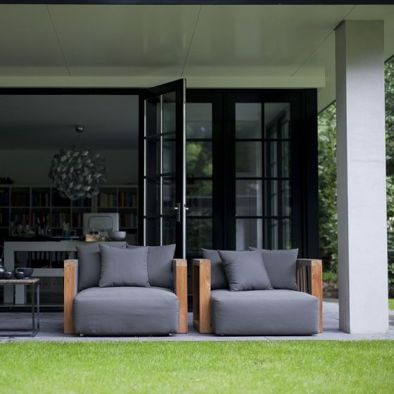 Amazingly comfy looking wide seated chairs. Perfect for an afternoon of relaxation.