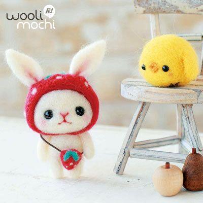 Strawberryhat Bunny & Chick Needle Felting Kit by WooliMochi