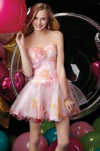 Magníficos vestidos cortos de 15 años | Vestidos de fiesta