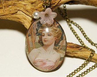 Art Nouveau, Glass Cabochon Vintage Necklace,Flowers,Pink,Romantic, Nostalgic, Victorian Jewelry, Brass, Spring,Springtime