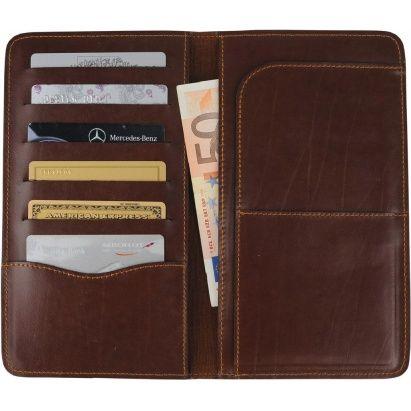 Портмоне для путешествий Alessandro Venanzi коричневого цвета. Имеет отделения для банкнот и банковских карт.  #podarkoff #vip #vippodarki #подаркоффру #подарки #подарок #gifts #russia #Россия #beautiful