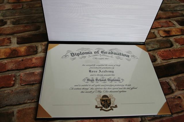 Homeschool Diploma: Customization was simple and the ordering process easy. I was pleased with how quickly the finished diploma arrived.
