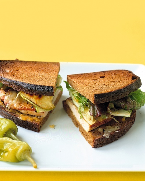 Turkey Sandwich with Apple and Havarti