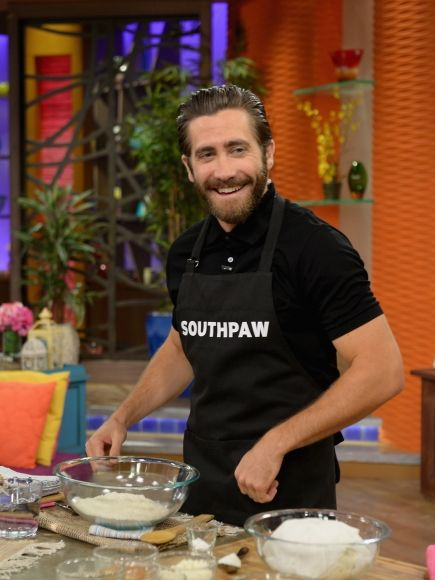 Jake Gyllenhaal Gets Silly And Adorable On 'Despierta America'