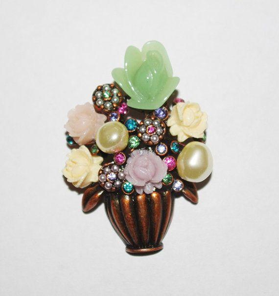 Joan Rivers Antique Flower Bouquet Pin  S1075 by SCLadyDiJewelry