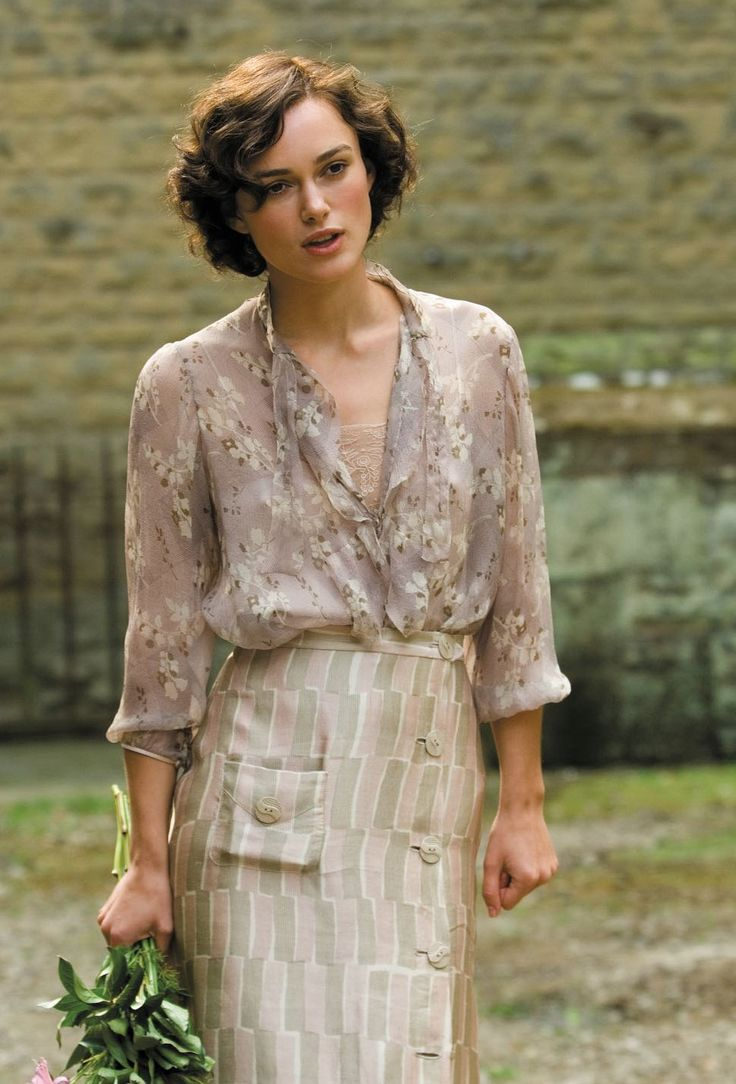 Keira Knightley, Cecilia Tallis - Atonement (2007) #joewright #ianmcewan Costume Design by Jacqueline Durran