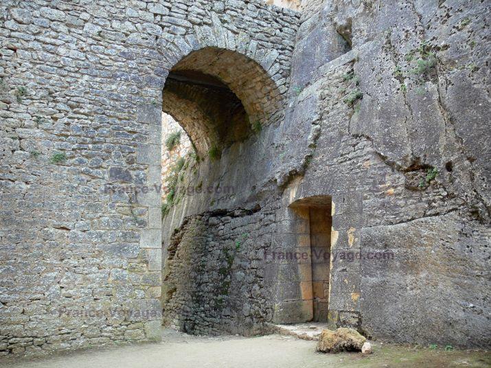 Château de Bonaguil : Partie de la forteresse (château fort)