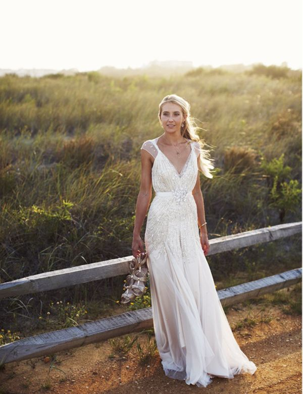 Breathtaking and runway worthy jenny packham dresses on for Second hand jenny packham wedding dress