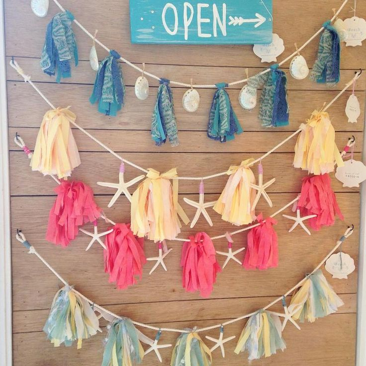 decoration ideas - bunting, starfish and tassels