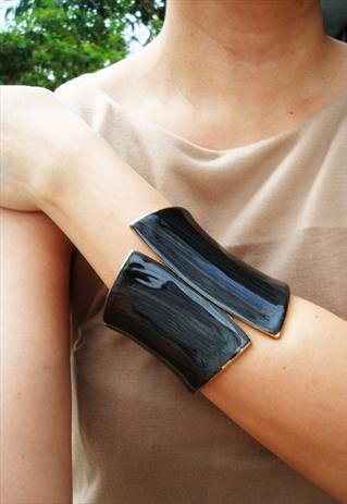 asymetric cuff bangle in black