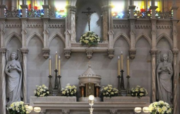 La figura fue percibida por un grupo de fieles mientras oraba por la Patria en el Colegio de las Esclavas del Sagrado Corazón de Jesús en el barrio porteño de Belgrano.