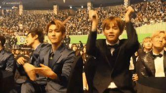 Baekhyun and Taehyung  dancing to pick me -                                         Coffee Break