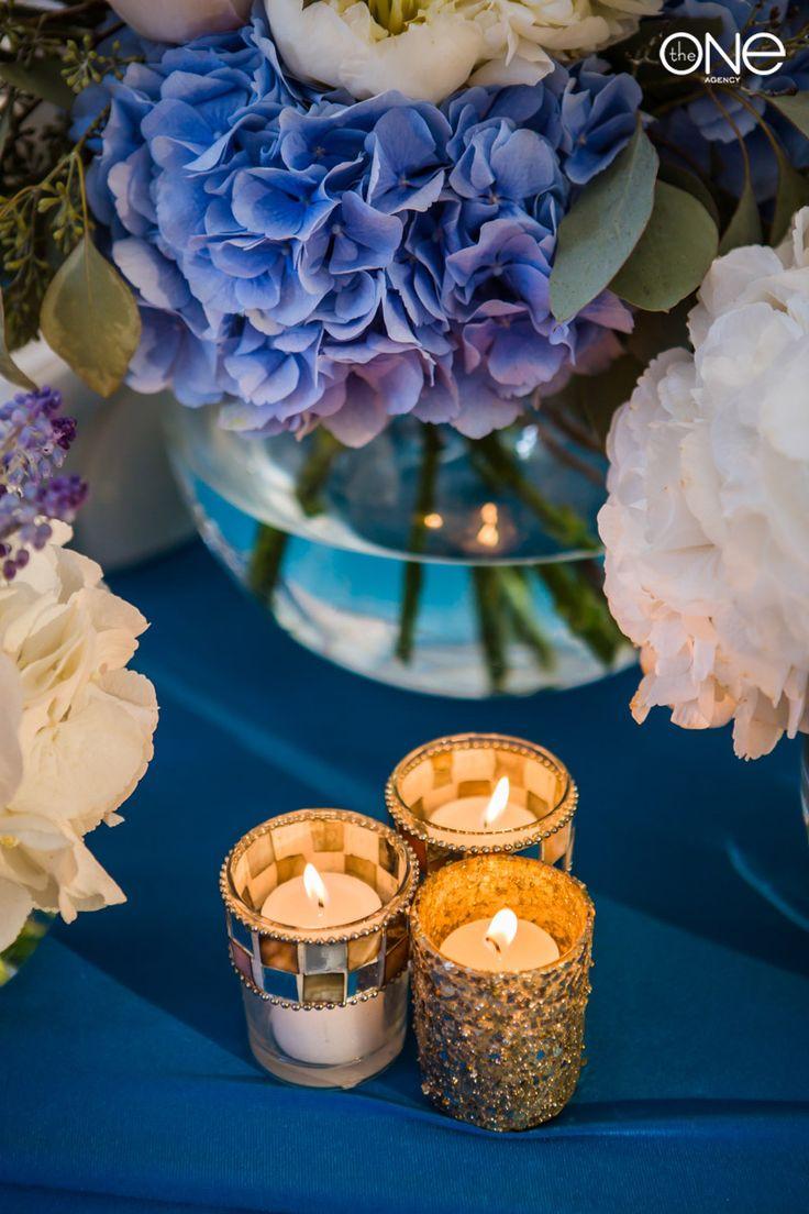 Свадебный банкет, свадебное оформление, цвет свадьбы глубокий синий, президиум, место жениха и невесты, свечи, гортензия, необычное оформление. Wedding Banquet, wedding decoration, wedding colour of deep blue, Candles, crocuses, unusual designthe presidency, candles, hydrangea